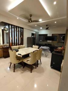 Gallery Cover Image of 2214 Sq.ft 3 BHK Apartment for buy in Binori Solitaire, Bopal for 11500000