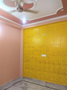 Gallery Cover Image of 630 Sq.ft 2 BHK Independent Floor for rent in Mahavir Enclave for 8000