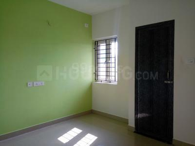 Gallery Cover Image of 760 Sq.ft 2 BHK Apartment for rent in Semmancheri for 12000