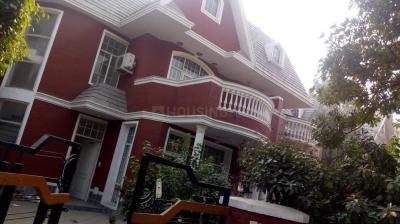 Gallery Cover Image of 3200 Sq.ft 3 BHK Villa for rent in Sector 48 for 50000