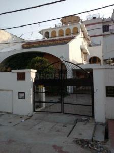 Gallery Cover Image of 3800 Sq.ft 7 BHK Villa for buy in Nirala Nagar for 26500000