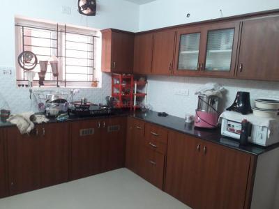 Gallery Cover Image of 1550 Sq.ft 3 BHK Villa for rent in Lakshmi Nagar for 23000