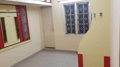 Gallery Cover Image of 560 Sq.ft 1 RK Independent Floor for rent in 5th Phase for 9000