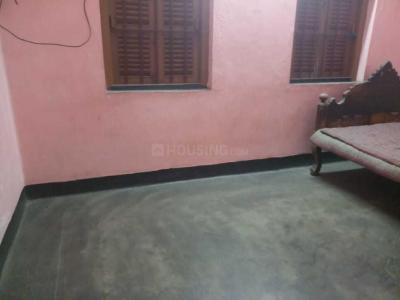 Gallery Cover Image of 800 Sq.ft 2 BHK Independent Floor for rent in Satchashipara for 2500