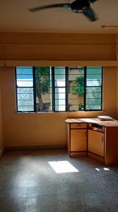 Gallery Cover Image of 600 Sq.ft 1 BHK Apartment for rent in  Dhanashri Apartment, Karve Nagar for 16000