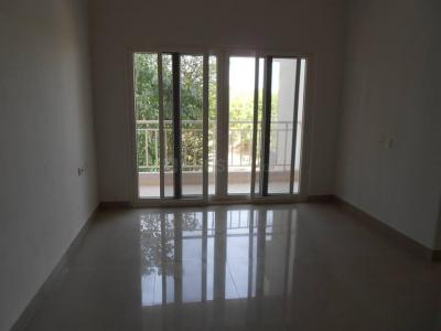 Gallery Cover Image of 975 Sq.ft 2 BHK Apartment for rent in Ghatlodiya for 10000