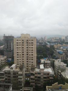 Gallery Cover Image of 1050 Sq.ft 3 BHK Apartment for rent in Borivali West for 53000