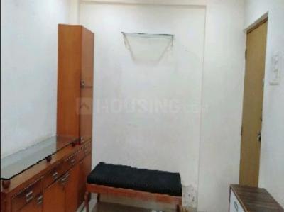 Gallery Cover Image of 592 Sq.ft 1 BHK Apartment for rent in Dosti Daffodil, Wadala for 39000