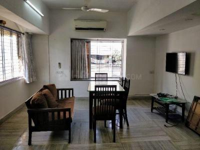 Gallery Cover Image of 1200 Sq.ft 3 BHK Apartment for rent in Dadar West for 90000