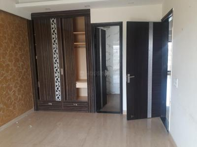 Gallery Cover Image of 1650 Sq.ft 3 BHK Apartment for rent in Sector 56 for 32000