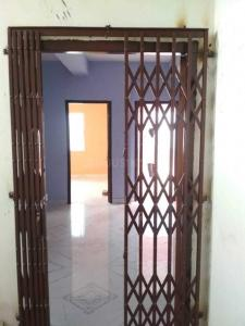 Gallery Cover Image of 800 Sq.ft 2 BHK Apartment for rent in Lake Town for 12500