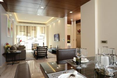Gallery Cover Image of 1900 Sq.ft 3 BHK Apartment for buy in Sector 50 for 24900000