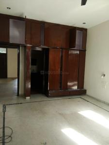 Gallery Cover Image of 1650 Sq.ft 3 BHK Apartment for rent in Sector 50-B for 23500