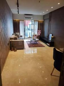 Gallery Cover Image of 1600 Sq.ft 3 BHK Apartment for buy in Santacruz West for 57500000