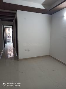 Gallery Cover Image of 280 Sq.ft 1 RK Independent Floor for rent in Chhattarpur for 6000