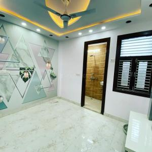 Gallery Cover Image of 2000 Sq.ft 3 BHK Independent Floor for rent in Pitampura for 48888