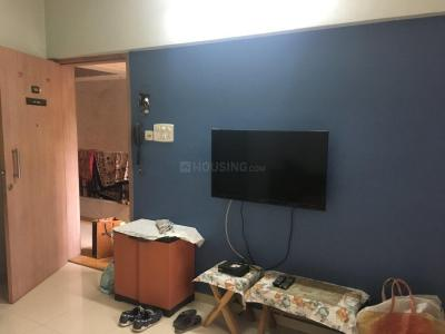 Gallery Cover Image of 750 Sq.ft 1 RK Apartment for rent in Katraj for 19000