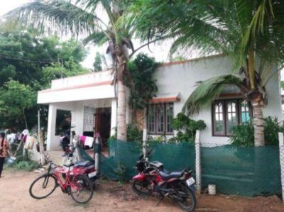 Gallery Cover Image of 3360 Sq.ft 2 BHK Independent House for rent in Kattankulathur for 10000