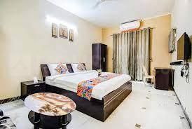Gallery Cover Image of 1000 Sq.ft 2 BHK Apartment for buy in Lunkad Hertiage, Viman Nagar for 7500000