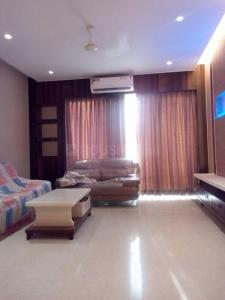 Gallery Cover Image of 1250 Sq.ft 2 BHK Apartment for rent in Mazgaon for 75000