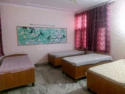 Bedroom Image of Dharam Girls PG in Sector 82