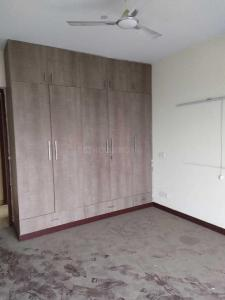 Gallery Cover Image of 1200 Sq.ft 2 BHK Apartment for rent in 3C Lotus Boulevard, Sector 100 for 17000
