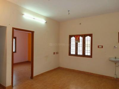 Gallery Cover Image of 732 Sq.ft 2 BHK Apartment for buy in Guduvancheri for 2500000