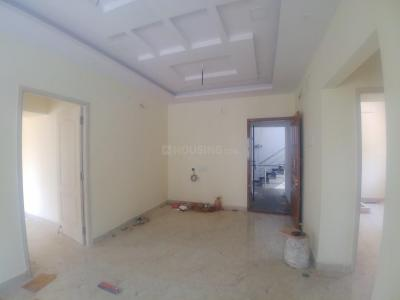 Gallery Cover Image of 926 Sq.ft 2 BHK Apartment for buy in Selaiyur for 5556000