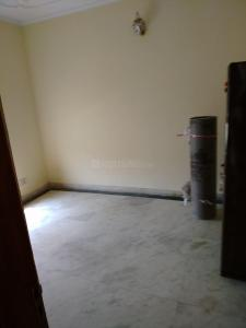 Gallery Cover Image of 1100 Sq.ft 3 BHK Independent Floor for rent in Green Field Colony for 13500