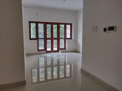 Gallery Cover Image of 1312 Sq.ft 2 BHK Apartment for buy in Valasaravakkam for 10700000