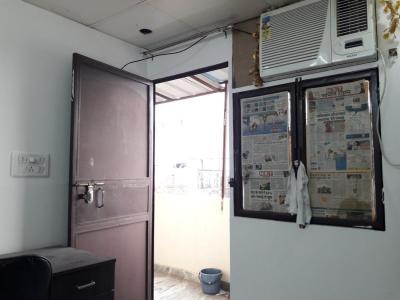 रणजीत नगर में तेरा पीजी में बेडरूम की तस्वीर