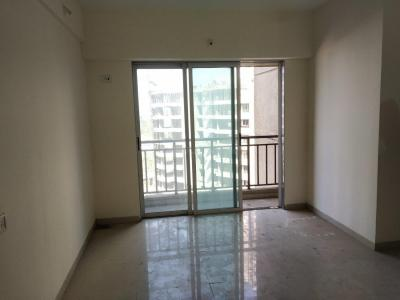 Gallery Cover Image of 780 Sq.ft 2 BHK Apartment for rent in Thane West for 14100