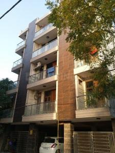 Gallery Cover Image of 720 Sq.ft 2 BHK Apartment for rent in Vasant Kunj for 18000