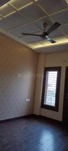 Gallery Cover Image of 985 Sq.ft 2 BHK Independent Floor for buy in Vasundhara for 3200000