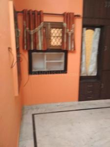 Gallery Cover Image of 1400 Sq.ft 3 BHK Apartment for rent in Vikaspuri for 28000