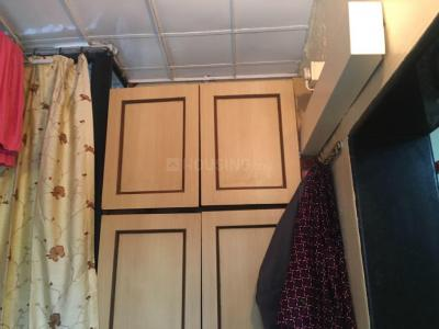 Gallery Cover Image of 620 Sq.ft 1 BHK Apartment for rent in Malad East for 30000