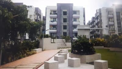Gallery Cover Image of 1050 Sq.ft 2 BHK Apartment for rent in Kattankulathur for 12000