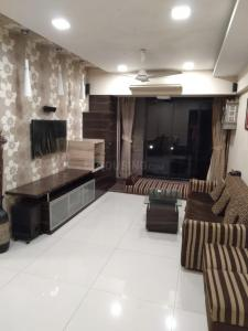 Gallery Cover Image of 910 Sq.ft 2 BHK Apartment for buy in Veena Santoor, Borivali West for 18000000