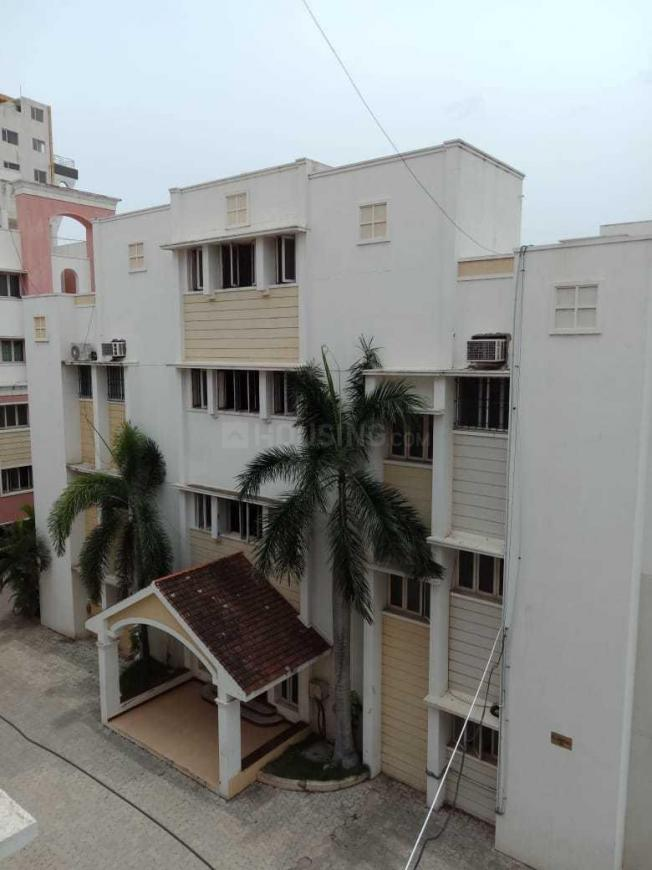 Building Image of 1500 Sq.ft 3 BHK Apartment for rent in Thoraipakkam for 22000