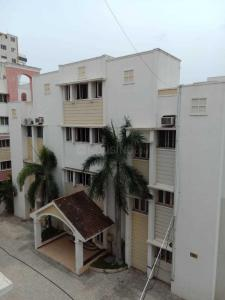Gallery Cover Image of 1500 Sq.ft 3 BHK Apartment for rent in Thoraipakkam for 22000
