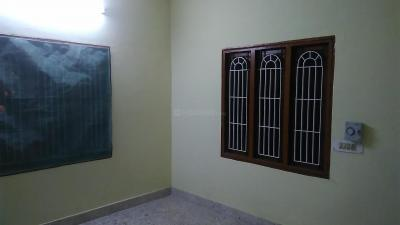 Gallery Cover Image of 1200 Sq.ft 2 BHK Independent House for rent in Anakaputhur for 11000