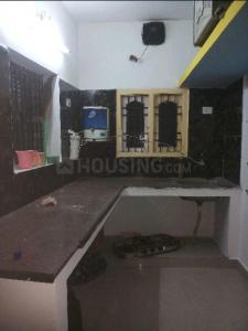 Gallery Cover Image of 1000 Sq.ft 2 BHK Independent Floor for rent in Kattankulathur for 18000
