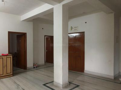Gallery Cover Image of 1500 Sq.ft 3 BHK Independent Floor for rent in Garia for 20000