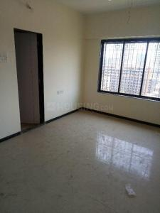 Gallery Cover Image of 650 Sq.ft 1 BHK Apartment for rent in SM Ekta Suprabhat, Goregaon West for 26000