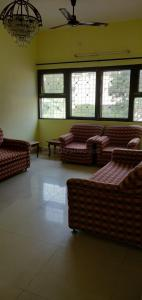 Gallery Cover Image of 1600 Sq.ft 2 BHK Independent Floor for rent in Alaknanda for 35000