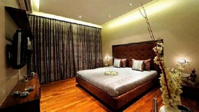 Gallery Cover Image of 1350 Sq.ft 3 BHK Apartment for rent in Ghatkopar West for 70000