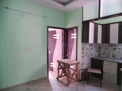 Gallery Cover Image of 560 Sq.ft 2 BHK Independent Floor for rent in Sector 5 Rohini for 10000