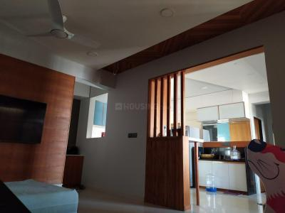 Gallery Cover Image of 2000 Sq.ft 3 BHK Apartment for rent in Gota for 35000