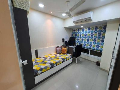 Gallery Cover Image of 1000 Sq.ft 3 BHK Apartment for buy in Ashok Nagar Complex, Andheri East for 25000000