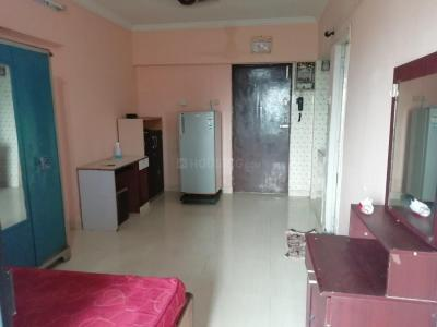 Gallery Cover Image of 350 Sq.ft 1 RK Apartment for rent in Summit Apartments, Goregaon East for 14000